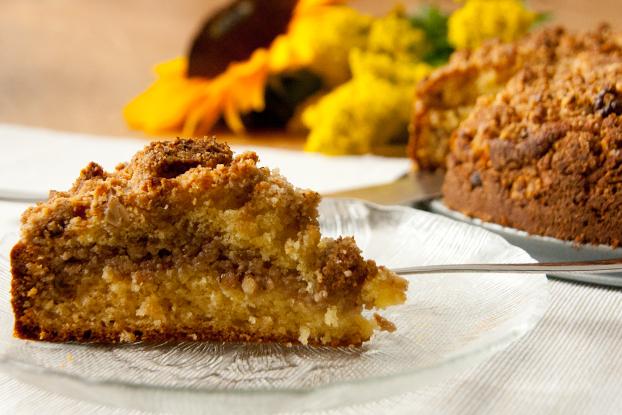 Streuselkuchen mit Honig und Walnüssen